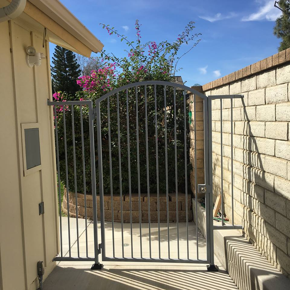 yard gate installation northridge
